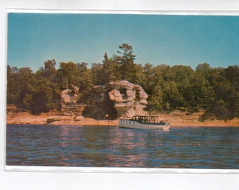 "Michigan, Vintage Postcard, ""Chapel or Pulpit Rock, Sea Queen, Munising, Mich,.""  1950s,  #283-2."