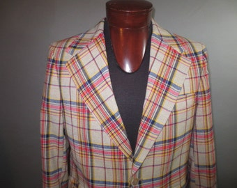 Vintage 1960's, McGregor, Wild Plaid, Mens Sportcoat // Wool, Acetate Lining // Single vent ...size 41
