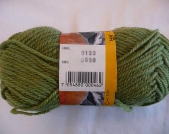 Falk #9133 by Dale Yarn 100% New Wool
