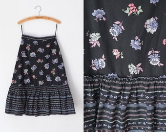 Vintage Skirt - 1970's Black Cotton Skirt with Floral Print  - Size S