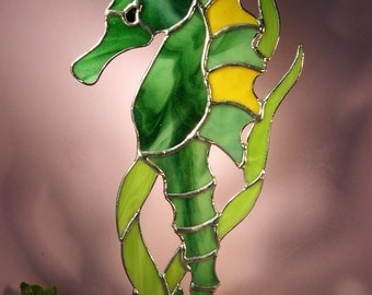 Stained Glass Suncatcher Seahorse Holding onto Sea Leaves  (423)