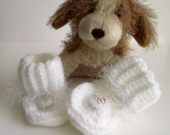 Santa Crochet Baby Booties - White with Santa Buttons and Fuzzy Fur Trim - 3 to 6 Months