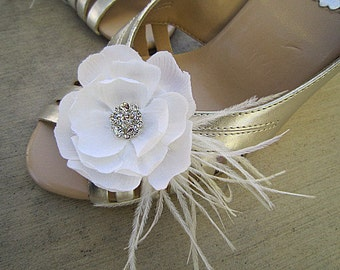 Set of 2 Bridal Shoe Clips Light Ivory - PHEOBE - Rhinestone Ostrich Feathers