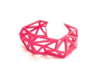 Triangulated Cuff bracelet in Pink. 3d printed. modern statement jewelry. geometric spring jewelry