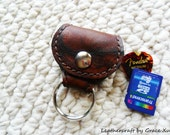 100% hand stitched brown marbled pattern cowhide leather keychain / SD / golf ball marker / guitar pick / holder with Fender Celluloid pick