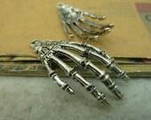 10pcs 19x42mm The Hand Silver Color Retro Pendant Charm For Jewelry /Pendants C4197