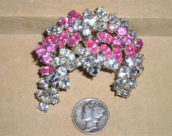 Trifari Rhinestone Brooch Vintage Pink And Clear Stones Rhodium Plated 1950's Pin Signed Jewelry 7076