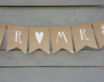 CLEARANCE SALE, Mr & Mrs burlap banner, wedding garland
