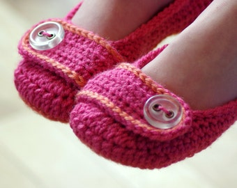 CROCHET PATTERN #218 Big Kids - Vanessa Button Slipper - Big Kid's shoe Sizes 10-2 - Children's sizes - Instant Download French Press  kc550