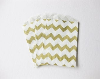 "Set of 10 METALLIC GOLD and White Chevron Bitty Bags (2.75"" x 4"")"
