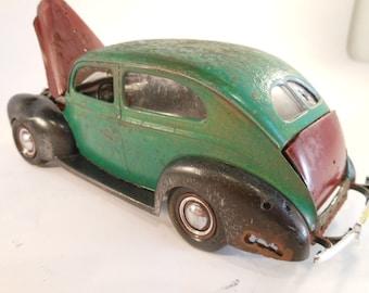 Classicwrecks Rusted Scale Model Green Car
