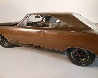 Classicwrecks Scale Model Rusted Plymouth Car