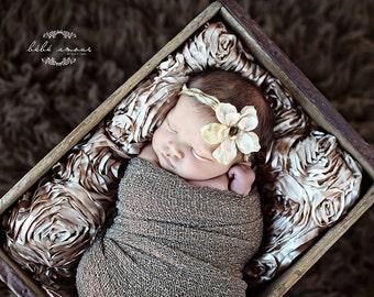 Stretch wrap - 'HAZELNUT' newborn stretch wrap  / scarf - prop blanket - knitbysarah - Stitches by Sarah