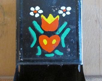 Vintage Floral Metal Matchstick Dispenser