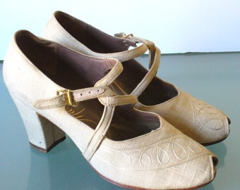 Vintage Matrix Peep Toe Linen Shoes
