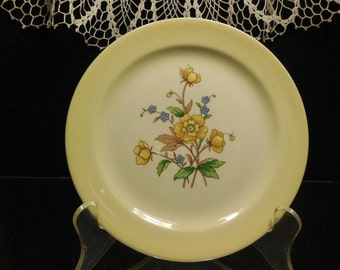 TAYLOR SMITH TAYLOR, Set of 4 Butter or Desert Plates, usa, Unusual Yellow Color, Vintage Mix and Match Shabby Chic, French Cottage China