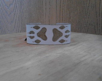 Handmade Wolf Cuff Bracelet - Branded Wolf Cuff - Tribal Cull Bracelet - Wolves - Wolf Jewelry - Elusive Wolf