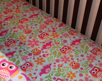 NEW Chevron and Dot Owls Crib Sheet