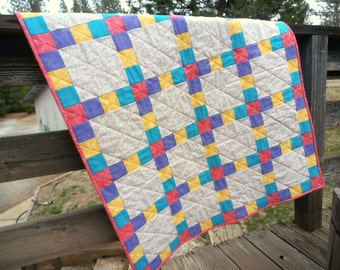 Bright Circles Quilt,  Bright Colors Quilt, Circles Quilt, Pink Quilt, Purple Quilt, Yellow Quilt, Teal Quilt