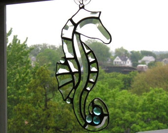 Stained Glass Art Suncatcher|Seahorse|Seahorse Suncatcher|Beveled Glass|Art & Collectibles|Glass Art|Suncatchers|Handcrafted|Made in USA