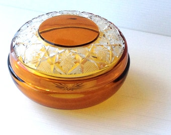 crystal dish with lid, round amber crystal dish, trinket dish, glass dish with lid, jewelry dish, bonbon dish, vanity dish
