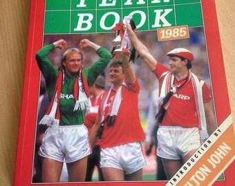Vintage/ Retro Soccer Year Book  1984/1985 ( Intro by Elton John)