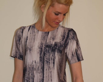 Jersey Top with Short Sleeves - Abstract Jersey Print