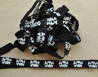 "5/8"" Fold Over Elastic, Printed FOE, 5 yards, White Skull on Black"