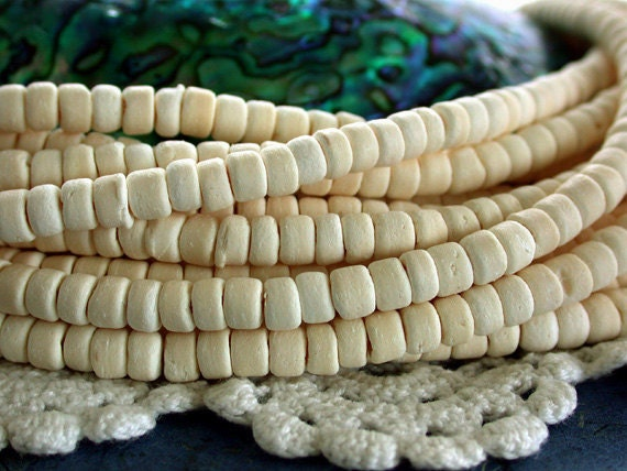 Coconut Shell Beads, Coco Beads, Coco Shell Beads, Natural Beads, Recycled Beads, White Coco Beads NAT-109