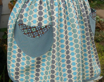 Sale - Ladies Retro Vintage Modern County Fair Dottie Porch Cotton Apron Handmade