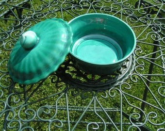 50s Deforest Pottery Green Covered Serving Bowl made in Califoria