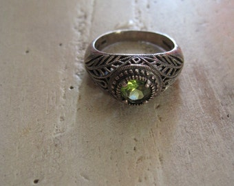 Green peridot and sterling silver ring size 8