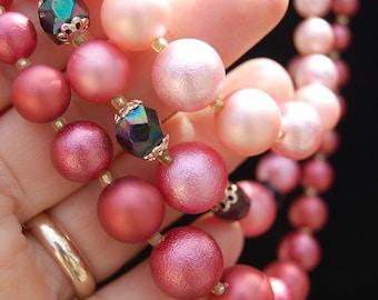Vintage mid-century HANDMADE bead NECKLACE 3 strand ATOMIC pink