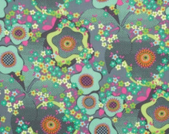 Glow - Peace Flower in Mist - PWAB126.MISTX -Amy Butler for Westminster/Freespirit Fabrics - 1/2 yard, Additional Available
