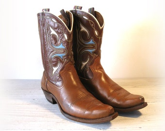 50's Vintage Cowboy Boots, Two Tone Brown All Leather Pee Wees with Blue & White Inlays, Men's sizing 9.5 D / 8.5