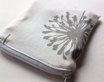Reusable Snack Bag in White Dandelions