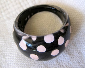 Lucite Ring -  Polka Dots - Black Pink - size 6