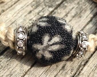 Black Daisy crystal bracelet