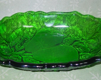Emerald Relish Dish, Glassware, Pears Glass, Green Glass, Relish Dish, Kathleen Leasure, Fromglentoglen