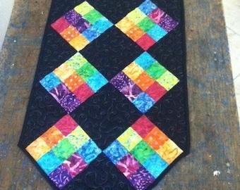 PATTERN - Fun Easy Table Runner - quilt - black - weekend - beginner - pattern - happy