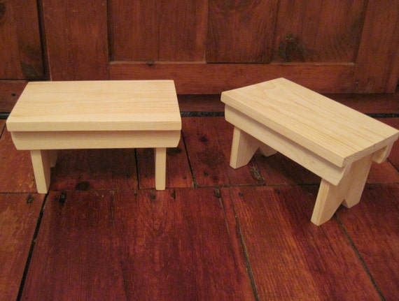 Small Pine Decorative Foot Stool 12l X 7w X