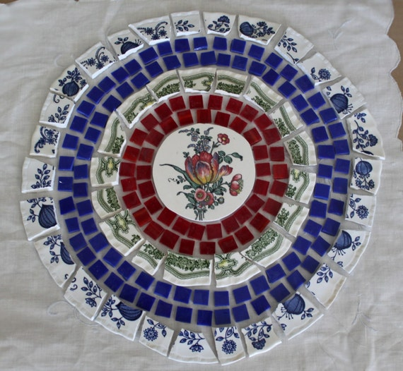 Mosaic Tile Broken Plates Tabletop Set Romantic Burgundy Tulip