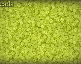 15/0 TOHO seed beads 10g Toho beads 15/0 seed beads Lime Green 15-4F Frosted Matte beads