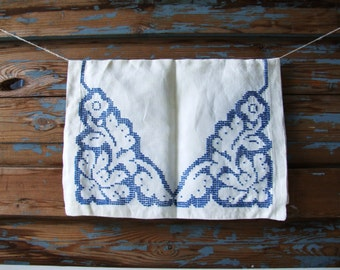 Danish Vintage Table Cloth White And Blue