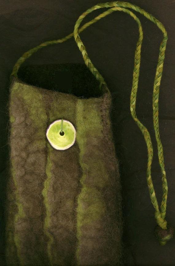 Kurgan - wet felted bag