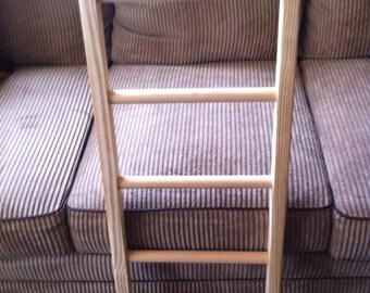 Reclaimed Wooden Ladder With Round Rungs, Natural Finish, Tie Rack, Quilt Rack, Towel Rack, Scarf Rack