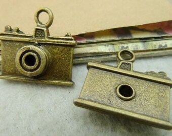 10PCS antique bronze  6x22x23mm camera charm pendant- WC1389