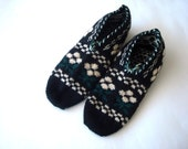SALE cream black green Turkish traditional Handmade Knitted Socks Slippers, ladies booties, knitted home shoes, womens slippers, house shoes