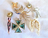 Vintage Jewelry Collection - Pins Brooches Locket Hairpin Bolo Butterfly Clip - Gold and Silver Tone Base Metal - Dealer Wholesale Box Lot