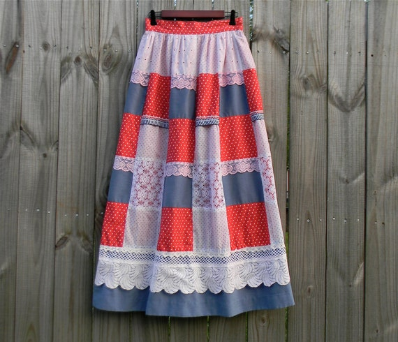 Vintage 60s 70s Groovy Festival Patchwork Trippy Hippie Indie Hipster Prairie Red White Blue Stars Crochet Lace S Small M Medium Maxi Skirt